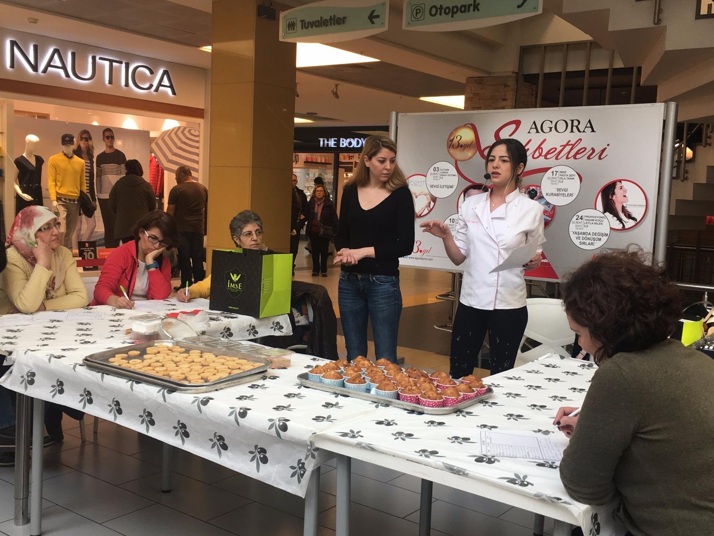 Sevgi kurabiyelerine Agora'da büyük ilgi