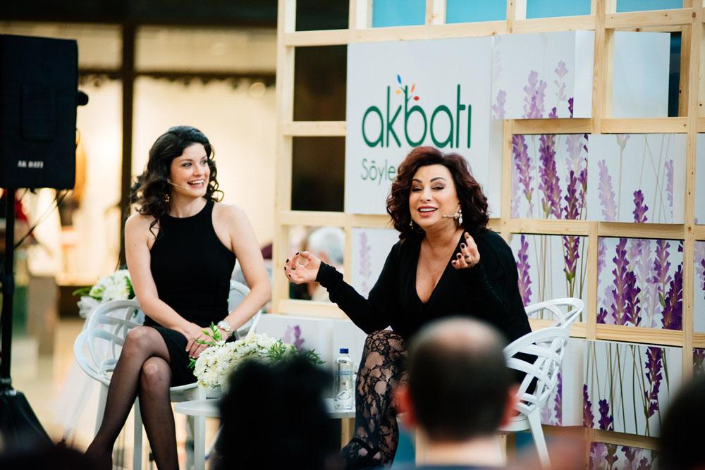 Akbatı Kadınlar Günü'nde ünlü isimleri ağırladı