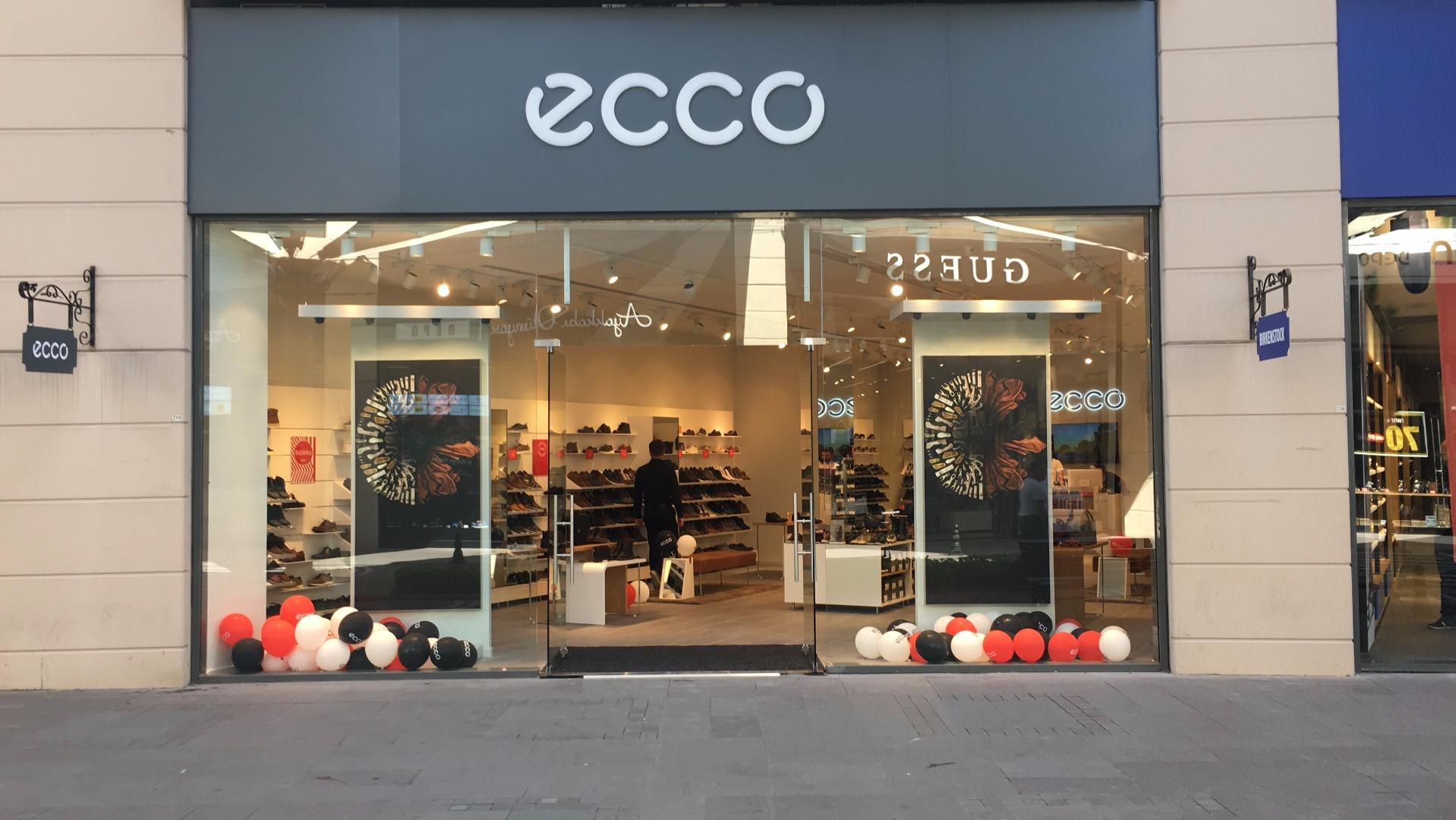 ECCO'nun en büyük mağazası Viaport'ta!