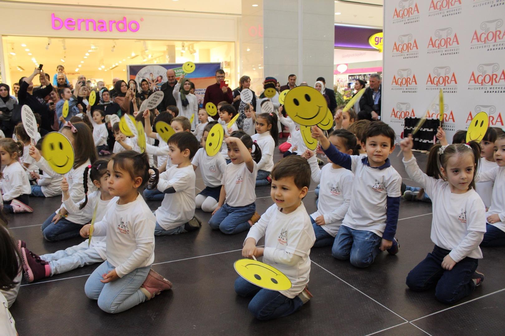 Dünya Çocuk Hakları Günü Agora'da kutlandı