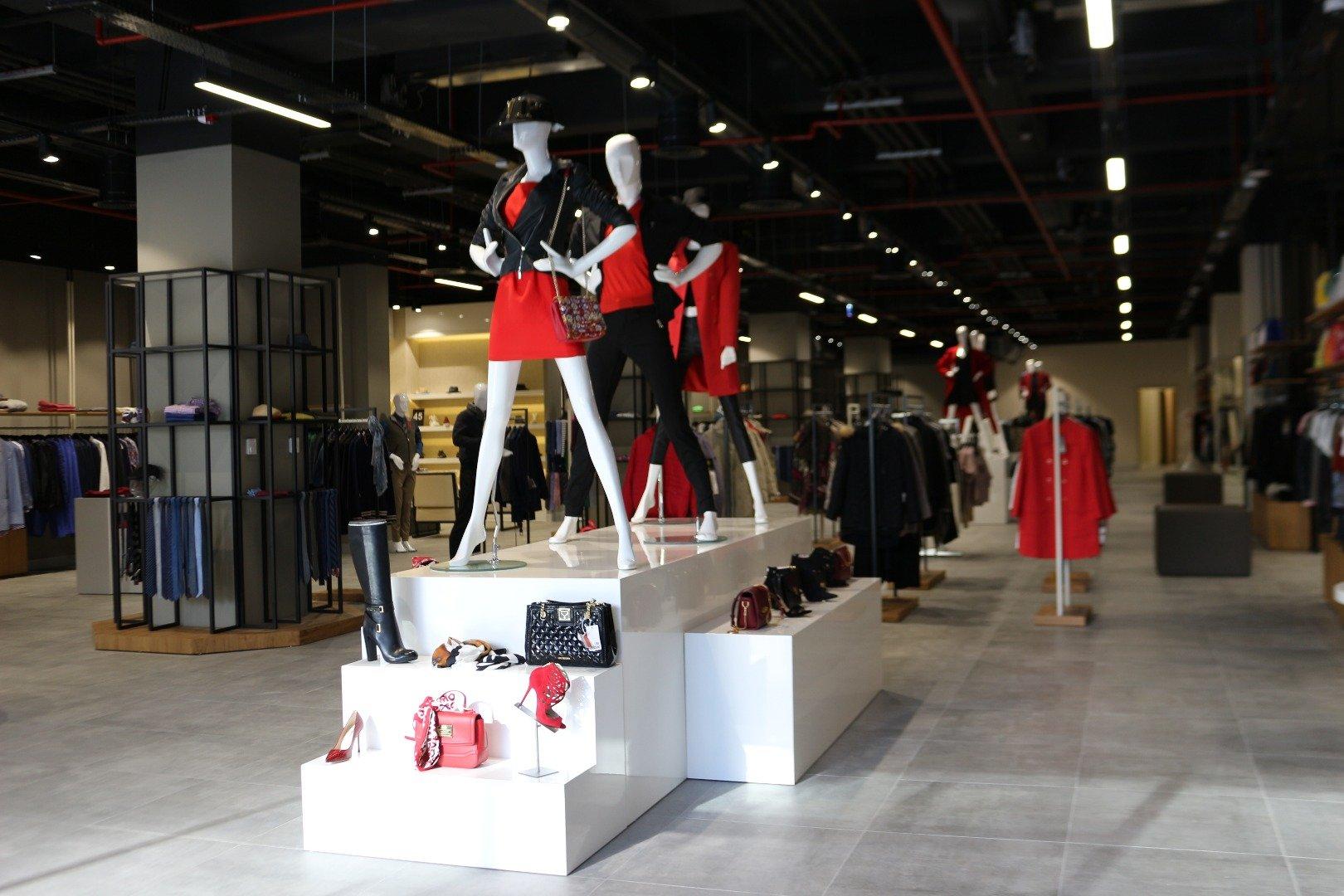 Brandroom, Türkiye'nin ilk designer outlet'i Oasis'te açıldı
