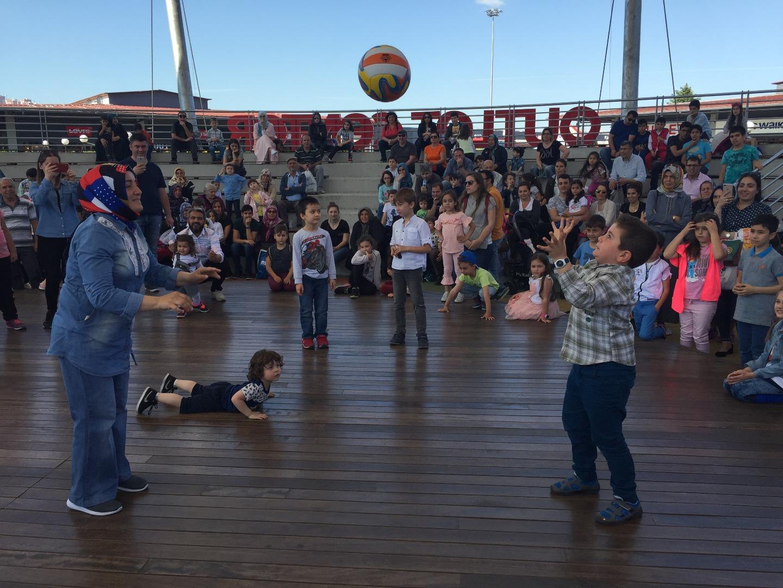 Outlet Center İzmit'te Anneler Günü etkinliklerle kutlandı