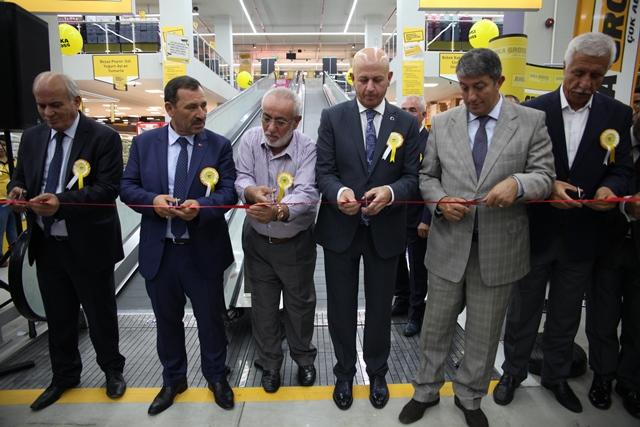 Ankara'nın gross marketi 6'ncı şubesiyle hizmette