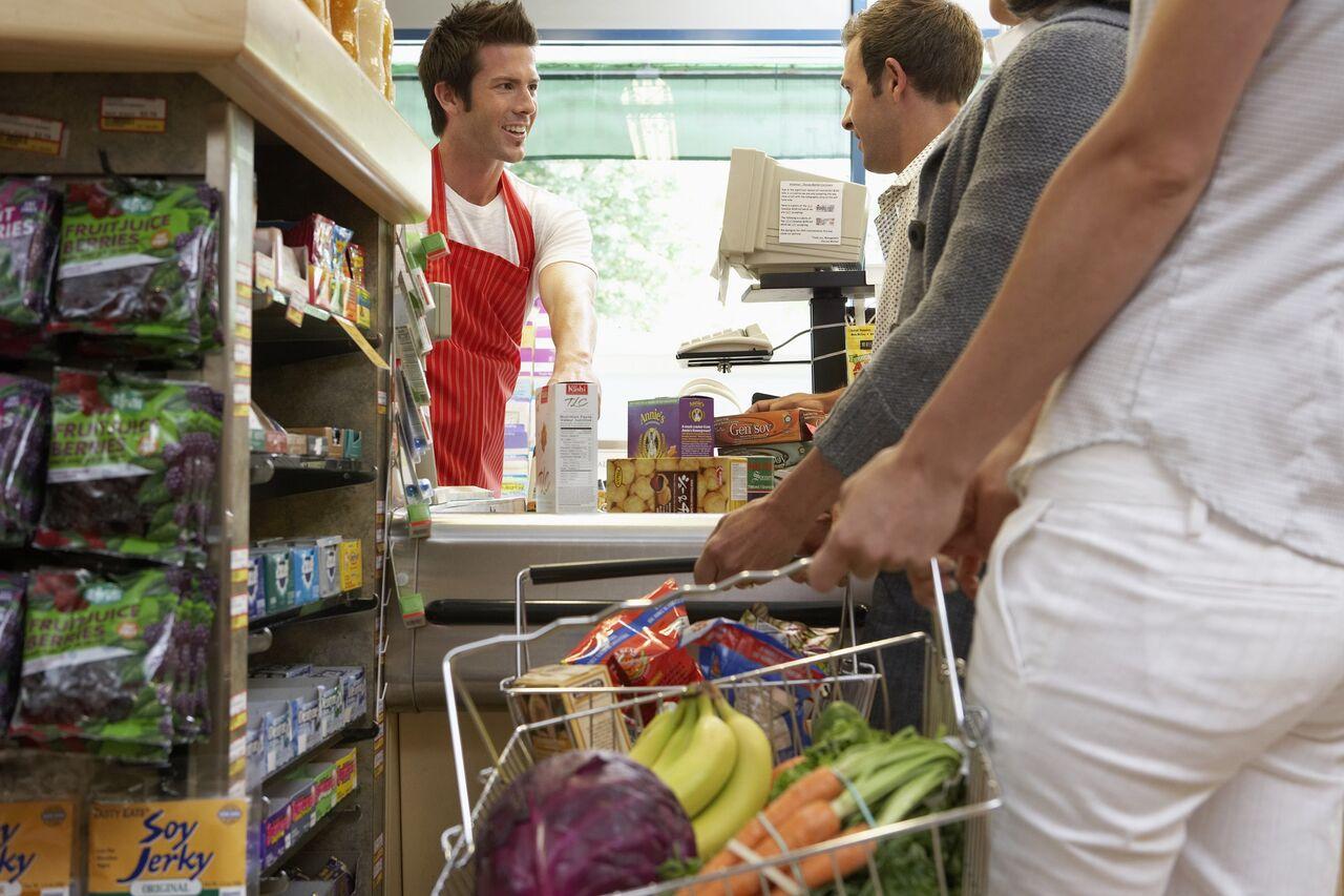 Süpermarketler hizmette sınıfta kaldı