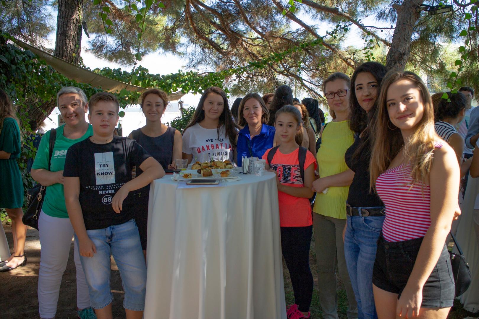 HUGO BOSS İzmir'de eğitime katkı sağlıyor