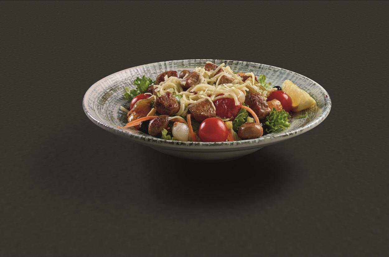Tavuk Dünyası yaza özel salata menüleri hazırlıyor