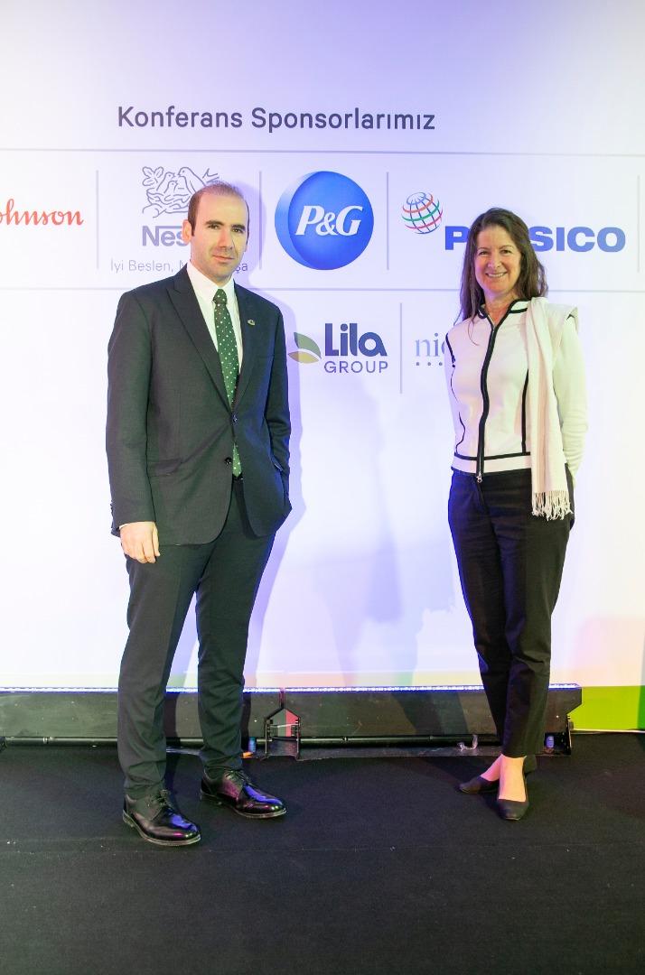 """CEO Pledge""e Türkiye'de imza atan ilk şirket Lila Group"