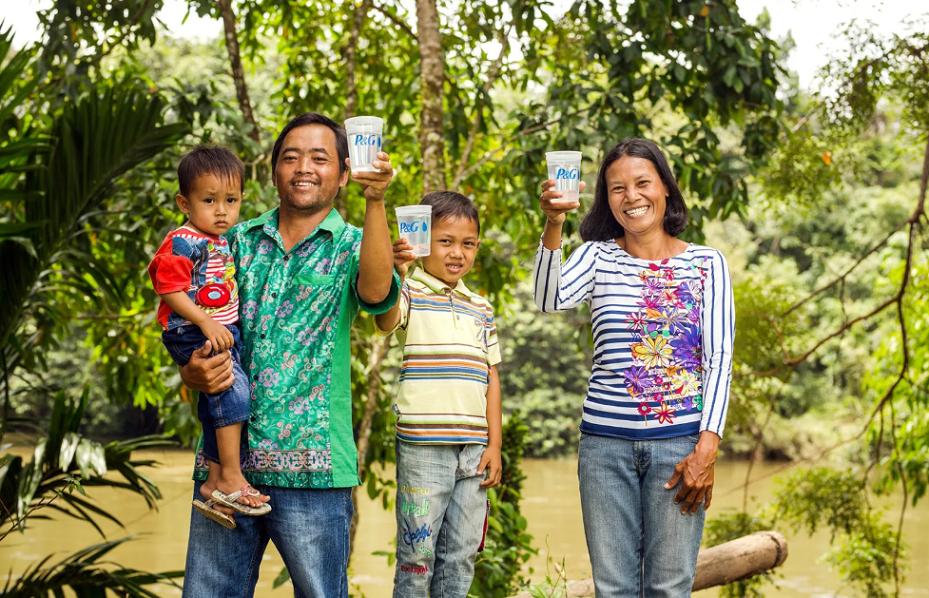 P&G ve Metro ihtiyacı olan miniklere içilebilir su sağlayacak