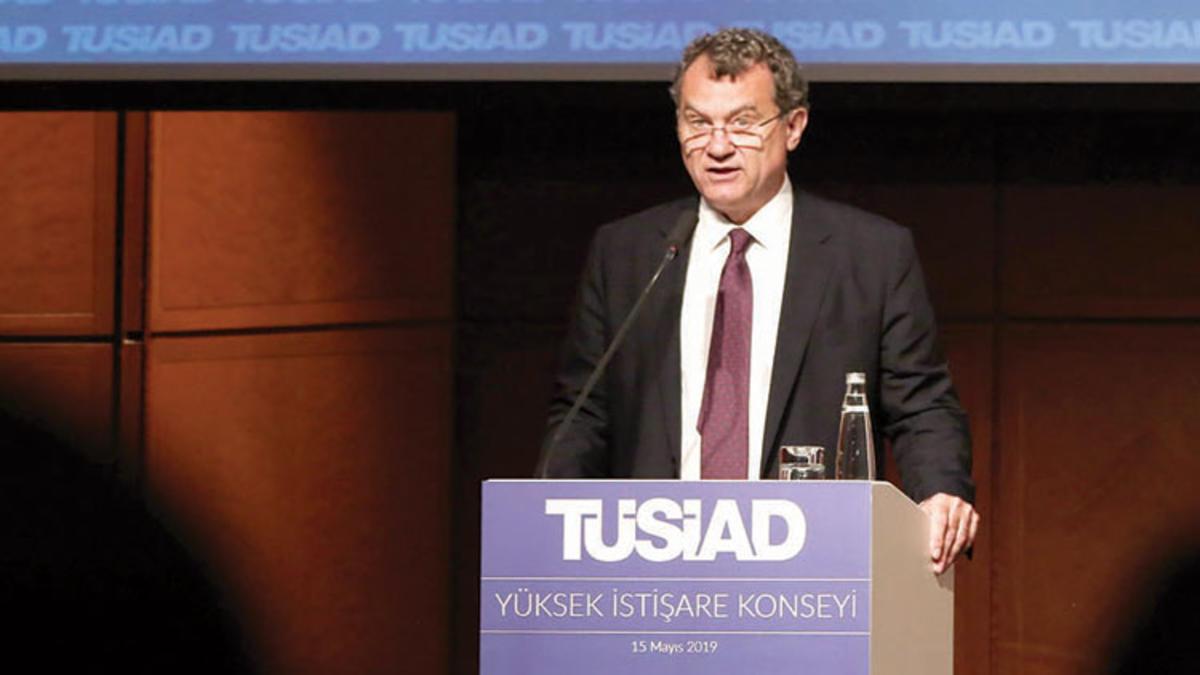 """Kaslowski: """"Biriken riskler azaltılmalı"""""""