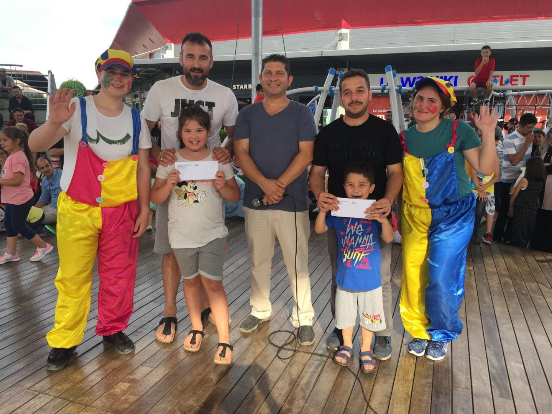 Outlet Center İzmit'te Babalar Günü etkinliklerle geçti