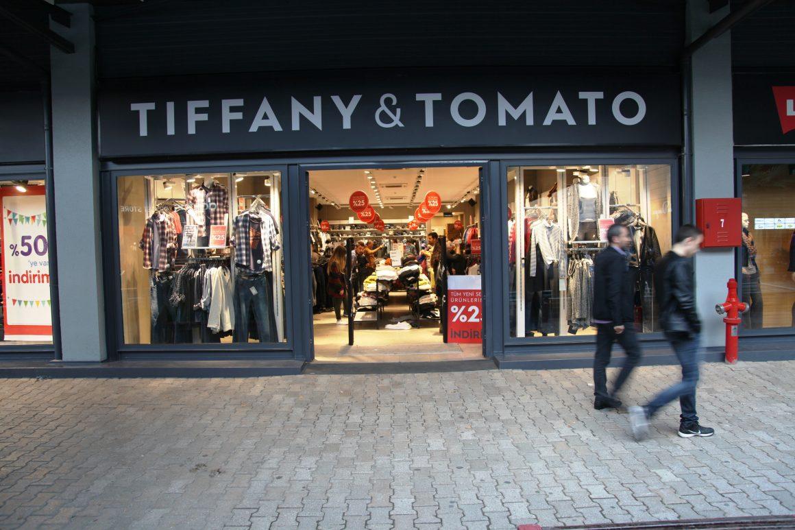 Tiffany&Tomato marka fiyatının yarısına satıldı!
