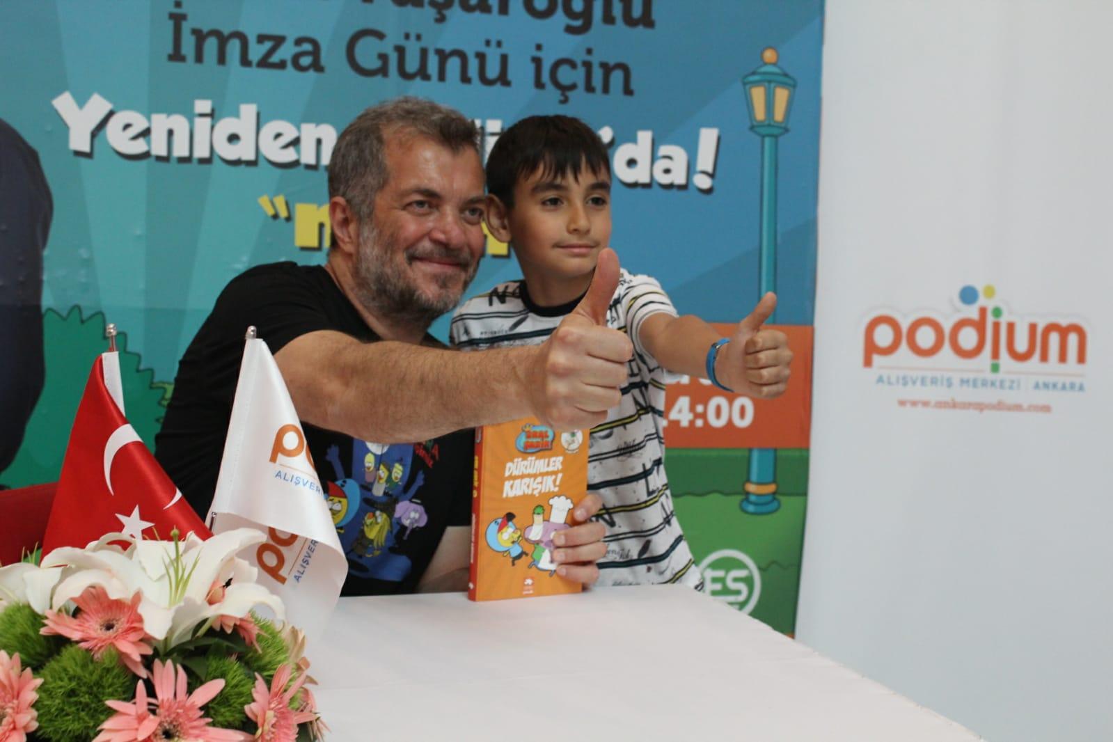 Varol Yaşaroğlu Podium Ankara'daydı