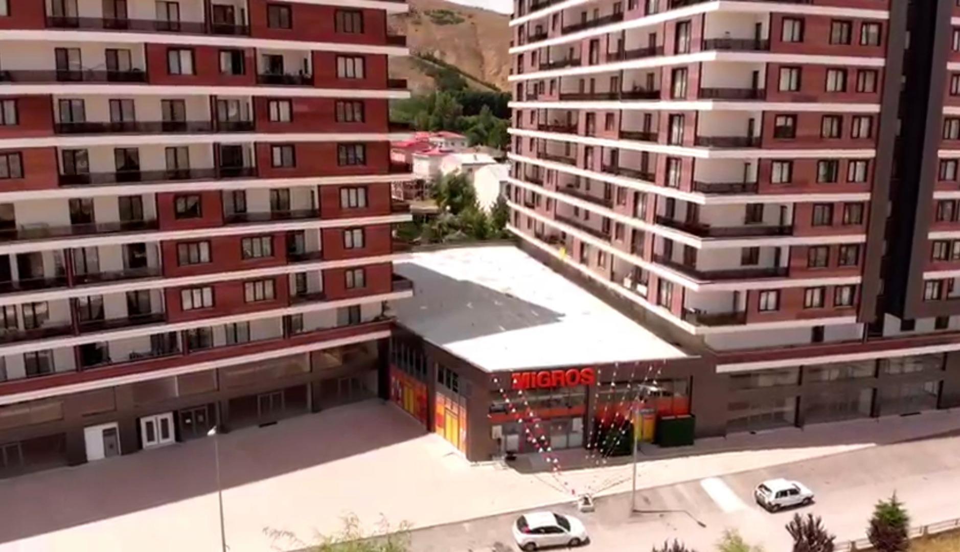 Migros yeni şubesini 1071 Bayburt Cadde projesinde açtı