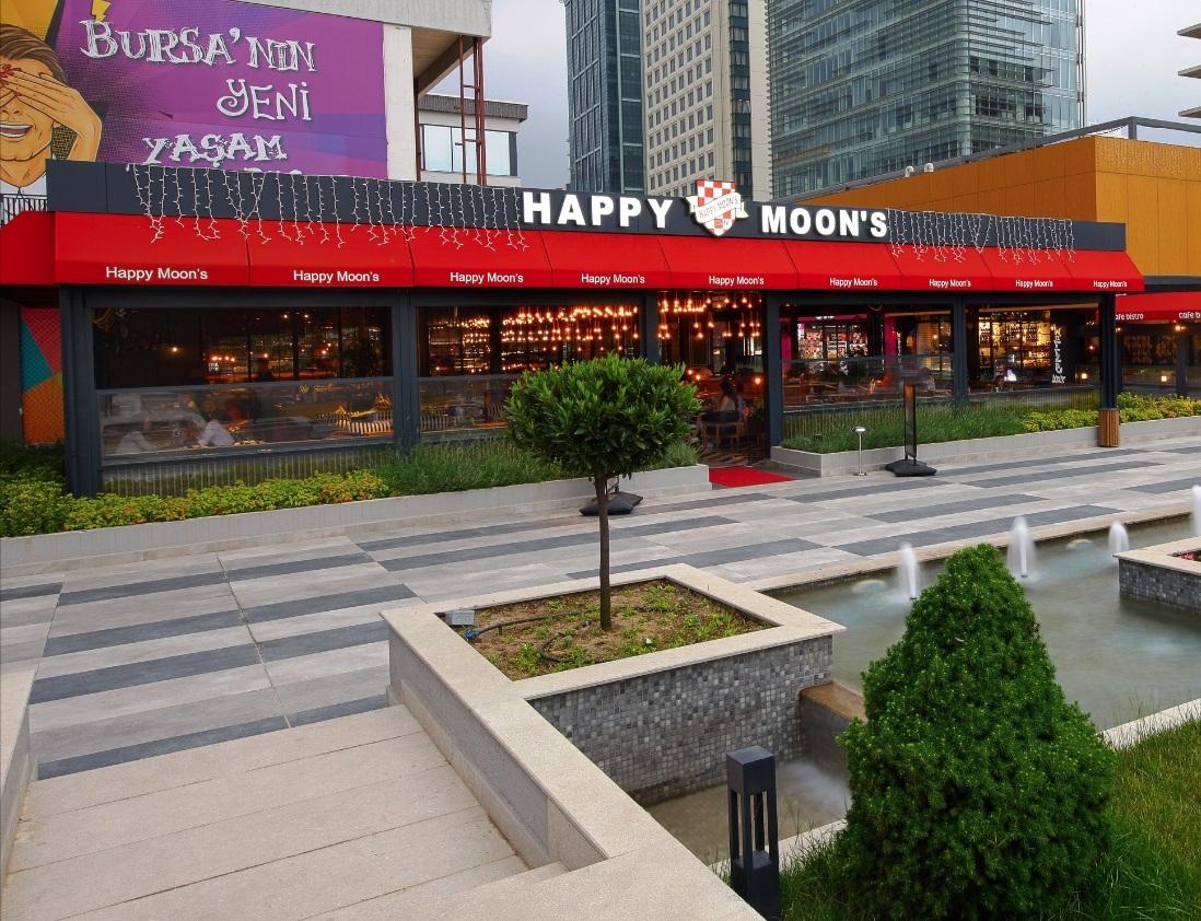 Bursa'nın ilk Happy Moon's'u kapılarını açtı