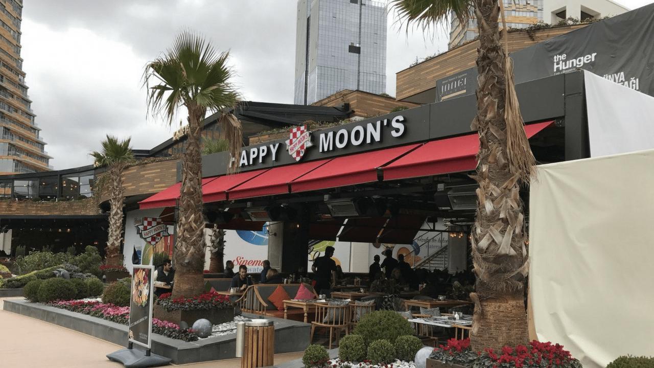 Happy Moon's'un ilk havalimanı şubesi açıldı