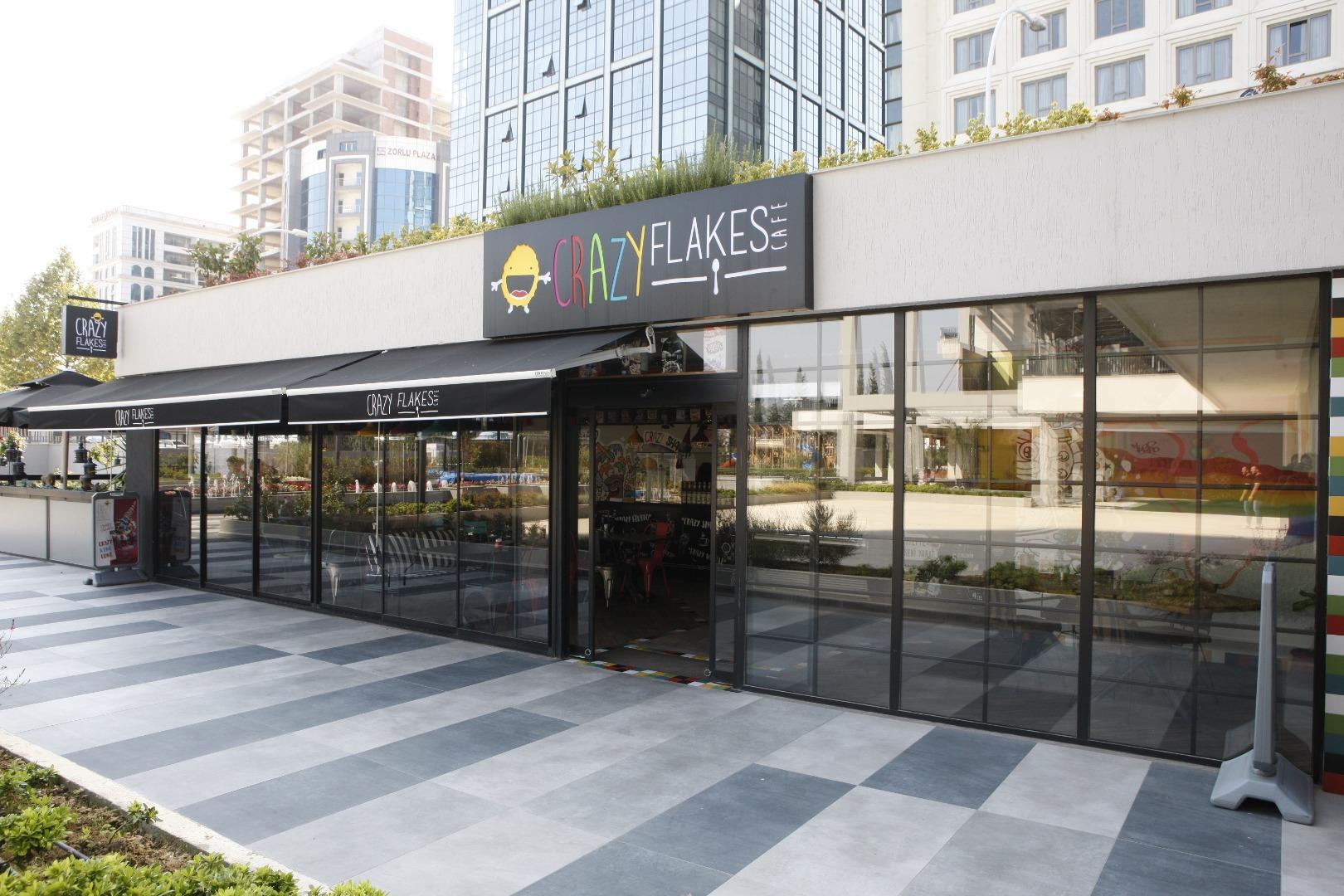 Crazy Flakes Cafe'nin Bursa'daki ilk şubesi ParkOra'da açıldı