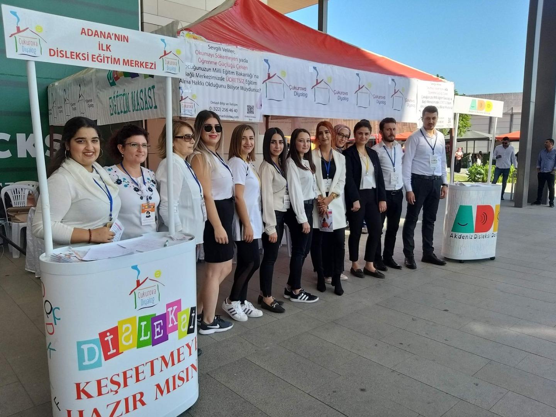 """""""Disleksi Farkındalık"""" etkinliği M1 Adana'da düzenlendi"""