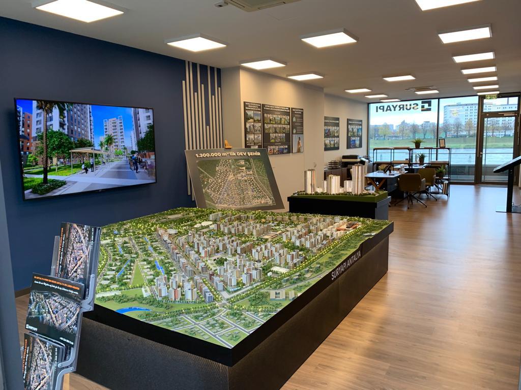 Almanya'da Sur Yapı'nın yeni satış noktası açıldı
