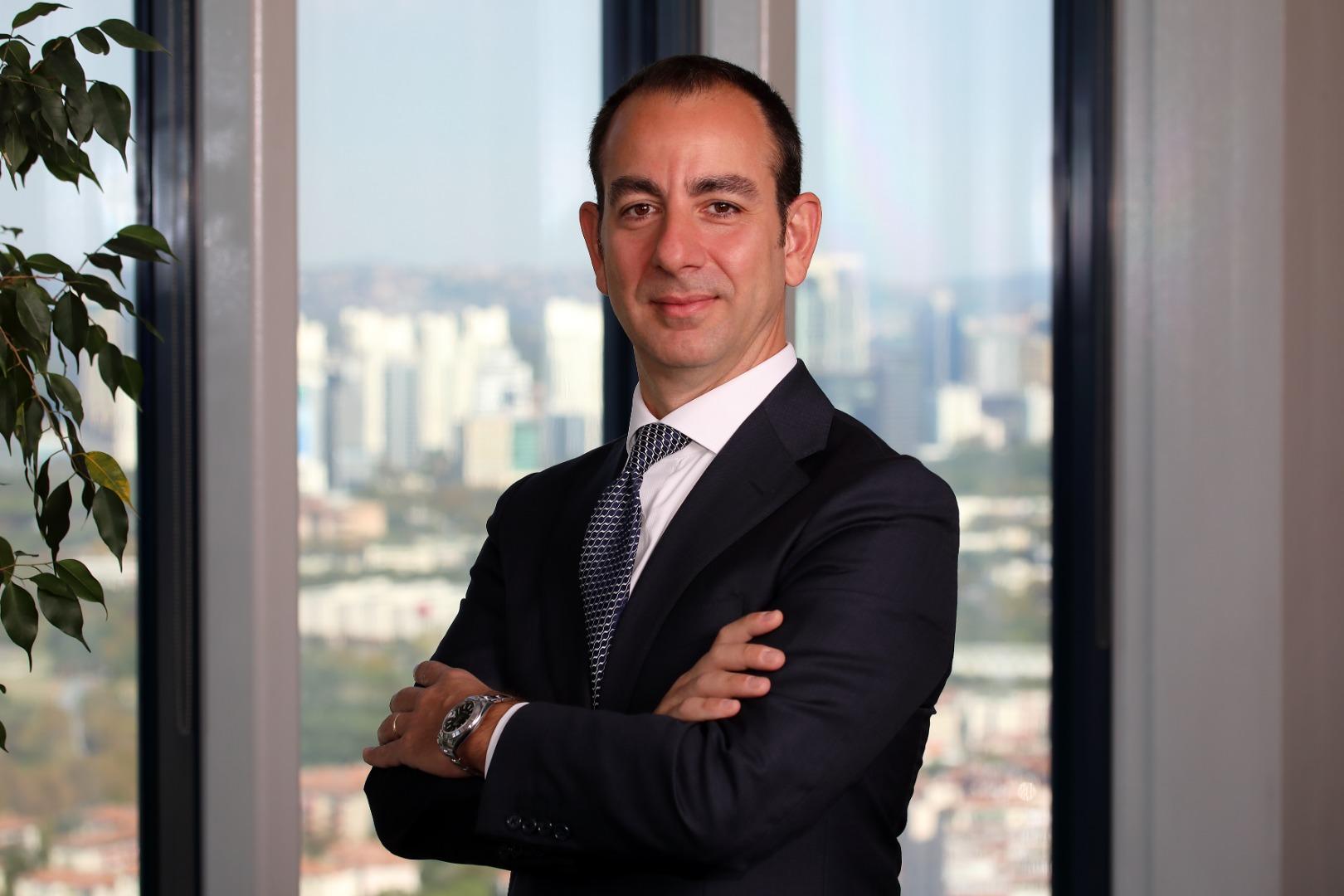 Türkiye'nin en iyi portföy yönetim şirketi Ak Portföy oldu