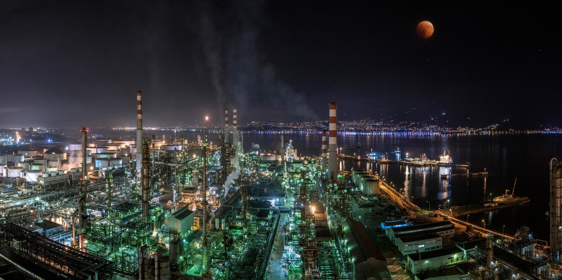 Tüpraş'tan 22,2 milyon ton satış 179 milyon dolar yatırım