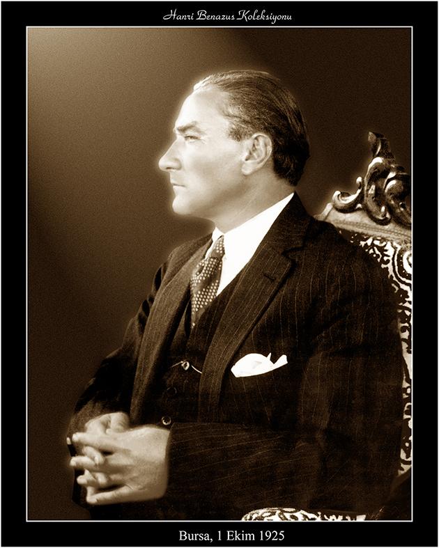 Atatürk Fotoğrafları Sergisi Capacity AVM'de