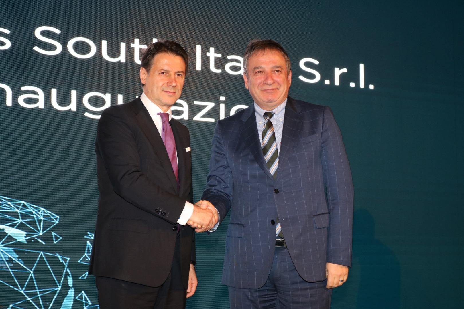 Şişecam İtalya'da ikinci üretim tesisini açtı