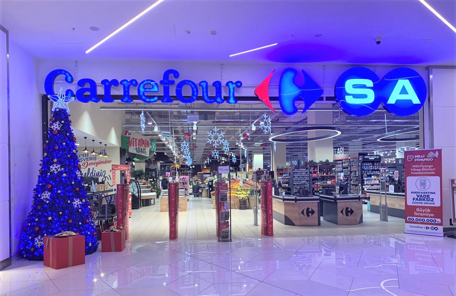 CarrefourSA marketlerini yılbaşı heyecanı sardı