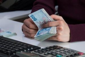 SPK'dan 16.7 milyon TL'lik açığa satış cezası