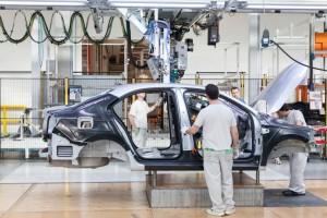 Volkswagen Türkiye'deki yatırım planını durdurdu