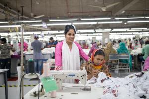 H&M Vakfı'ndan kadın hazır giyim işçilerine özel proje