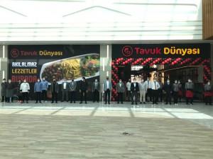 Tavuk Dünyası  İstanbul'daki 75. restoranını açtı