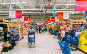 Couche-Tard'ın Carrefour'a 3.6 milyar dolarlık yatırım yapmayı planladığı kaydedildi