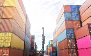 Dış ticaret açığı yılık bazda yüzde 32,8 gerileyerek 3 milyar dolar oldu