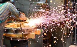 Sanayi üretimi şubatta yıllık yüzde 8,8 arttı