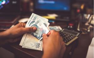 Bütçe nisan ayında 16,9 milyar Lira açık verdi