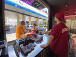"""""""Bronco by İsmet Saz"""" işbirliği ile  sokak lezzetleri OPET'lerde"""