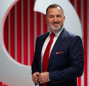 """Vodafone artık """"hibrit"""" çalışıyor"""