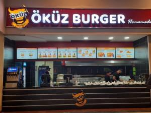 Yüzde yüz Türk sermayeli Öküz Burger M1Konya AVM'de