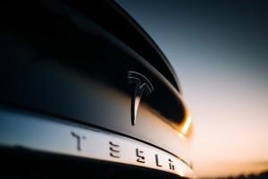 Hertz, Tesla'ya tek seferde 100 bin araçlık sipariş verdi