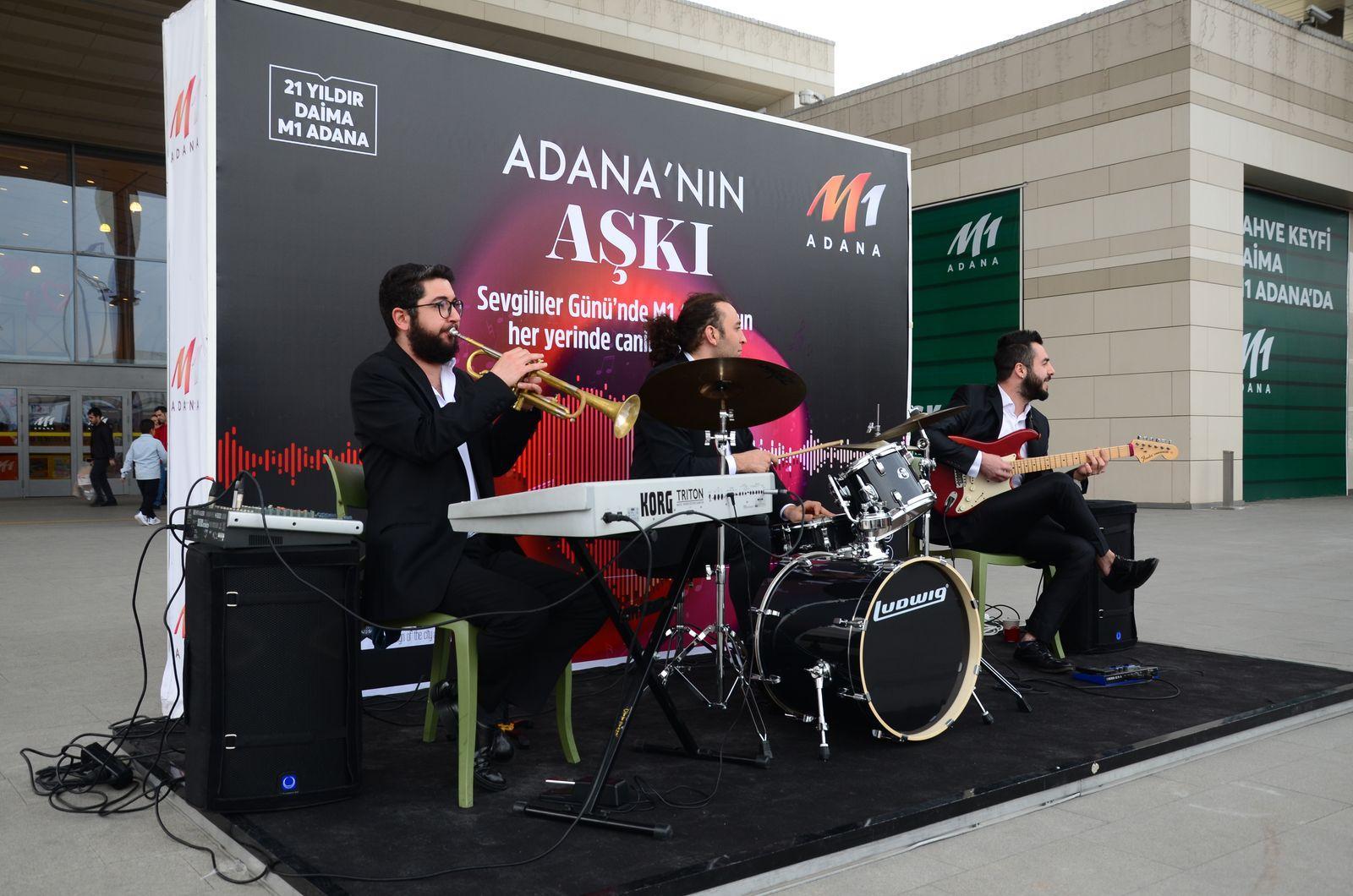 Adana'nın aşkı M1 Adana AVM'de