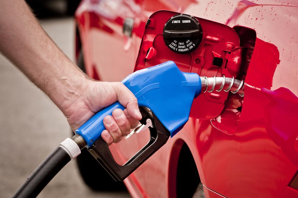 Motorinde pompa fiyatı 34 kuruş indirimin ardından 13 kuruş arttı