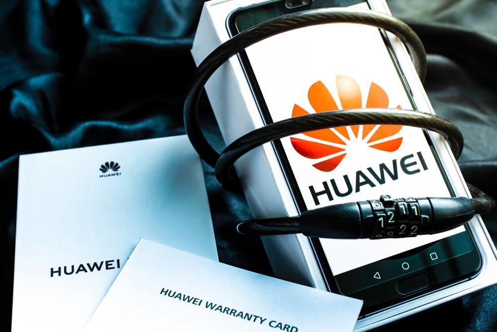 HUAWEI'den herkese 3 ay ek garanti ve ücretsiz kargo
