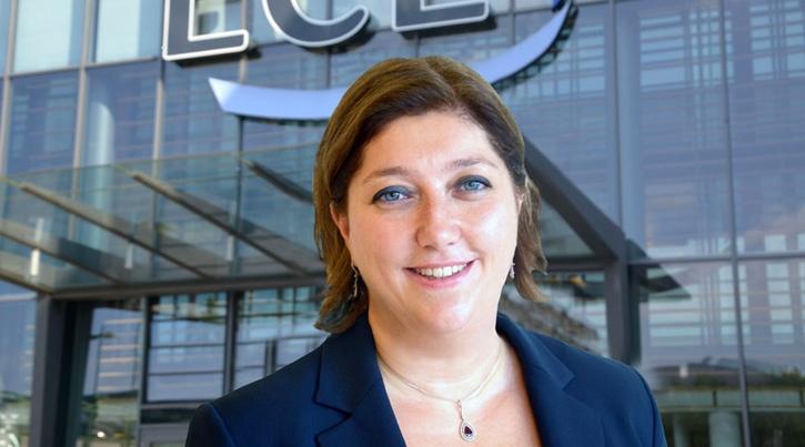 ECE Türkiye AVM Yönetimi Bölge Direktörü AVM ziyaretçilerine özel çağrıda bulundu